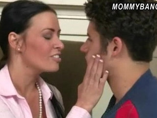 Massive tits stepmom Vanilla Deville with naughty teens