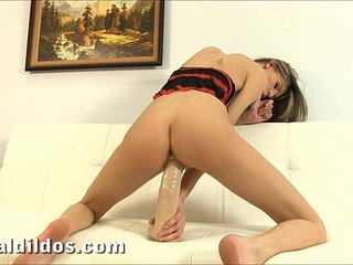 Sindy Vega fills her tiny pussy with a big brutal dildo