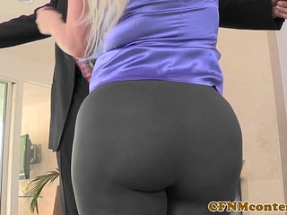 CFNM babe Julie Cash POV doggystyle